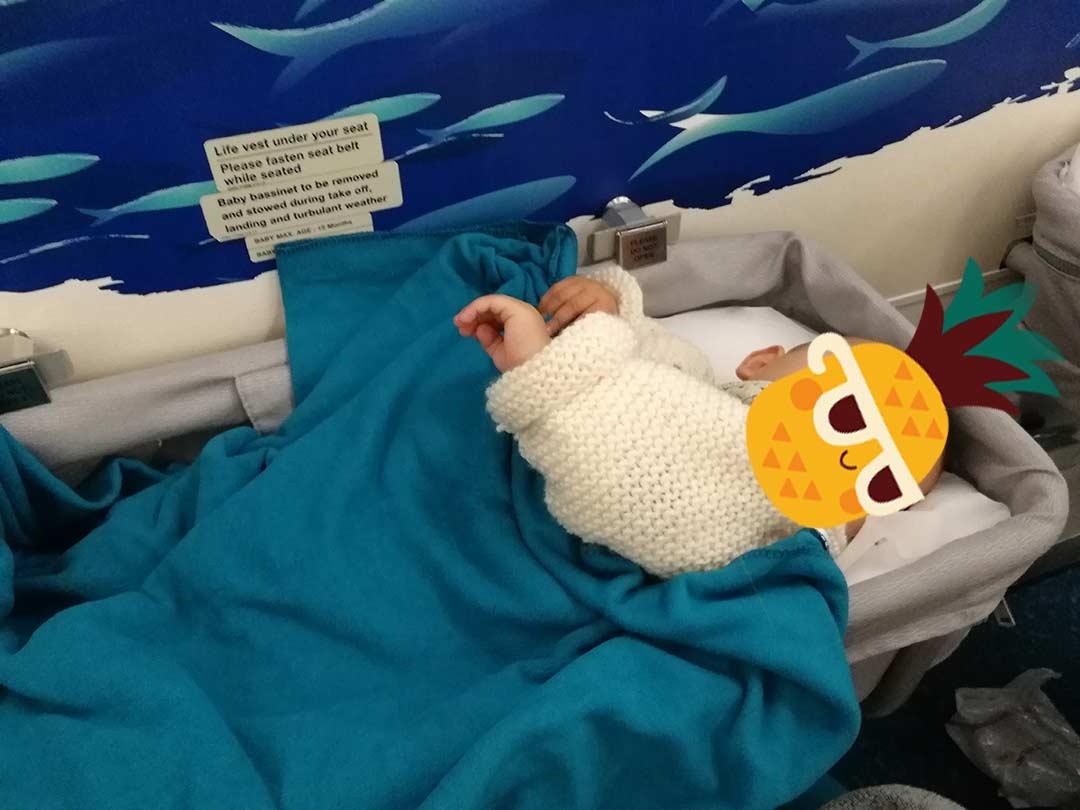 Berceau de bébé sur un vol Paris-Maurice avec Air Mauritius