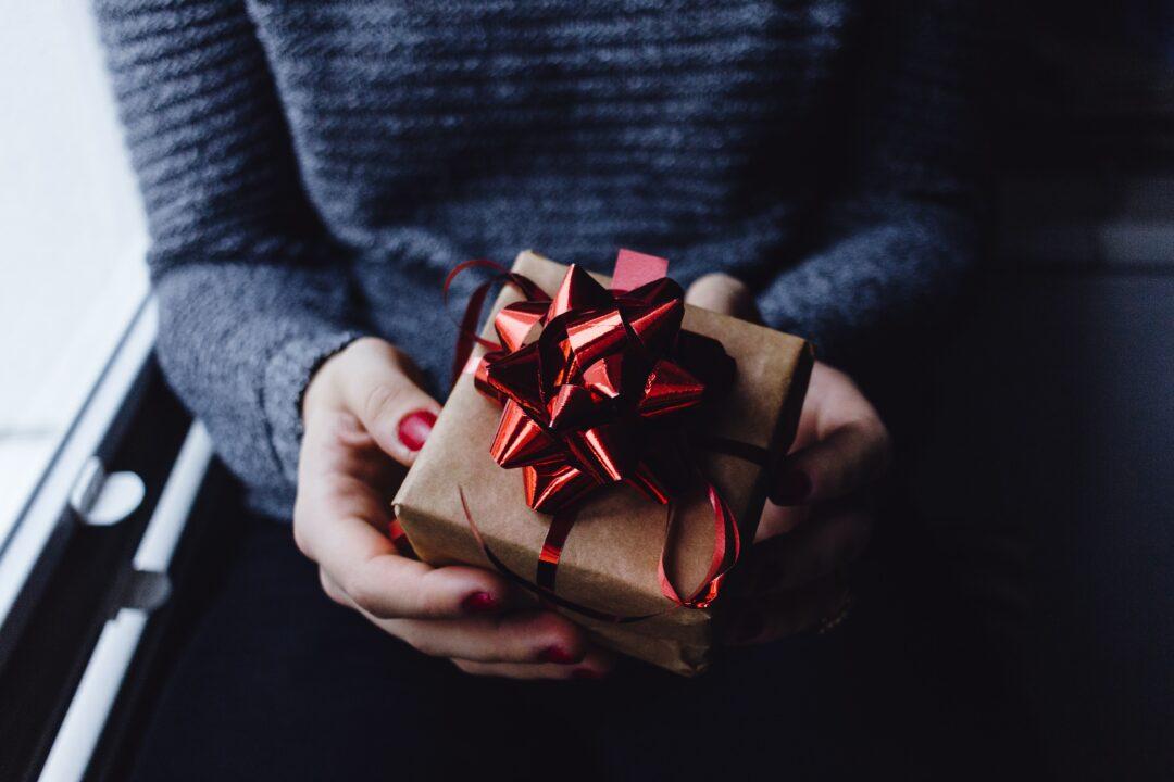 Idée cadeau Fête des Mères pas cher 2021 : budget de moins de 50€